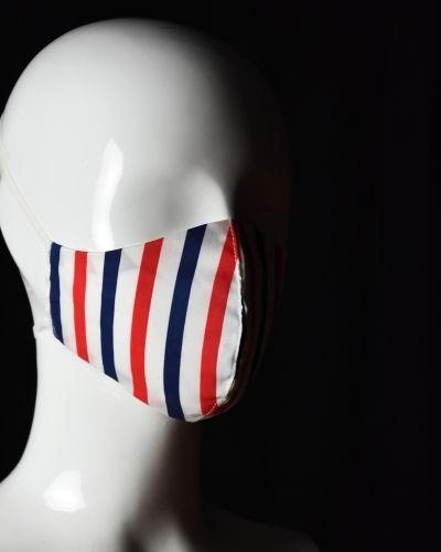 Csíkos maszk 2
